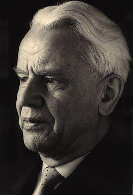 Hellmuth Mayer